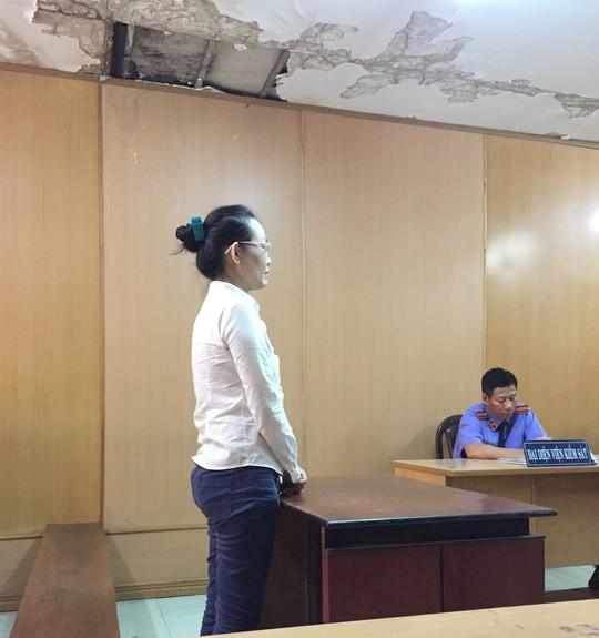 Pho giam doc dien may Nguyen Kim va chieu lua tien ti