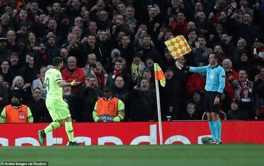 Man United gục ngã sân nhà, Juventus rơi chiến thắng ở Amsterdam - Ảnh 4.