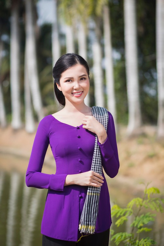 Hoa khôi Huỳnh Thúy Vi làm đại sứ lễ hội bánh dân gian Nam Bộ - Ảnh 7.