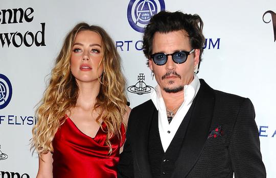 """""""Cướp biển"""" Johnny Depp bị vợ cũ tố là """"quái vật"""" bạo hành - ảnh 1"""