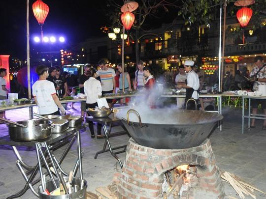 Độc đáo liên hoan ẩm thực quốc tế Thách thức Cao Lầu tại Hội An - Ảnh 9.
