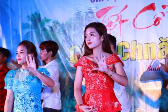 Rộn ràng Tết Chôl Chnăm Thmây cùng công nhân Khmer - Ảnh 1.