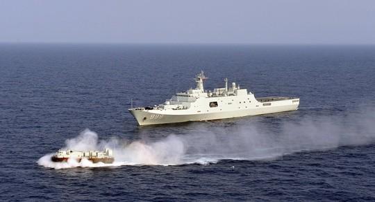 """""""Cảm tử quân"""" Philippines ra trận nếu Trung Quốc vượt lằn ranh đỏ ở biển Đông - ảnh 1"""