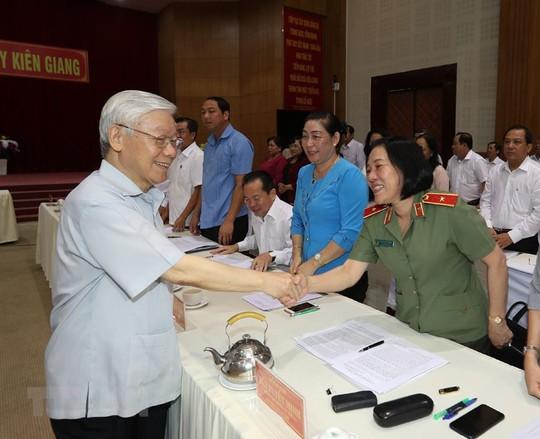 Hình ảnh Tổng Bí thư, Chủ tịch nước Nguyễn Phú Trọng làm việc ở Kiên Giang - Ảnh 9.