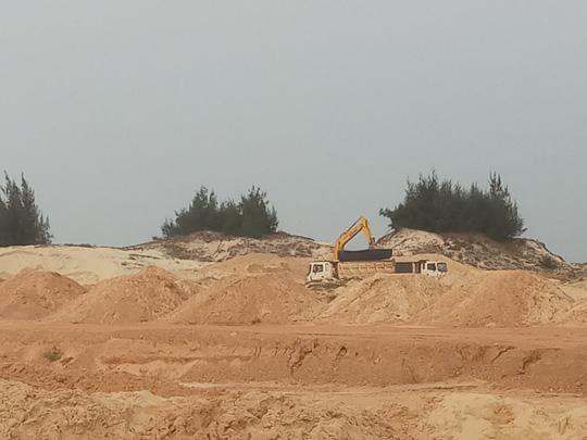 Trộm cát, công ty Hoàng Huy Toàn bị phạt hơn 100 triệu đồng - Ảnh 1.