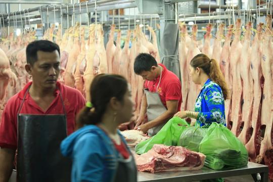 Chợ đầu mối Bình Điền: Kiểm soát chặt chất lượng thịt các loại - Ảnh 3.