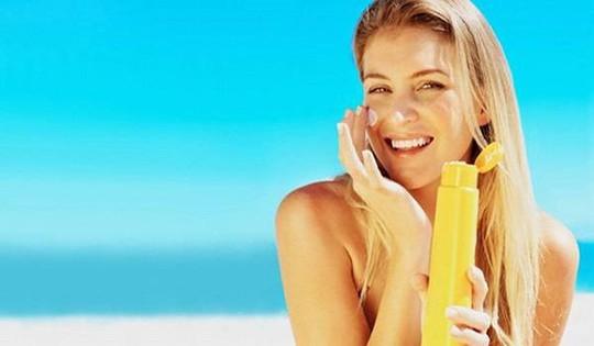 Mẹo đơn giản mà hiệu quả giúp da không bị bắt nắng ngày hè - Ảnh 6.