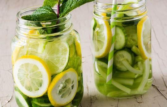 """Học cách giảm cân """"siêu tốc"""" chỉ với 6 loại nước uống tự nhiên - Ảnh 1."""