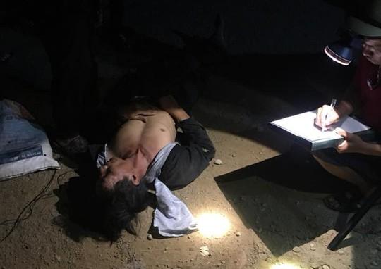Quảng Nam: Người dân vây bắt kẻ trộm chó trong đêm - Ảnh 3.