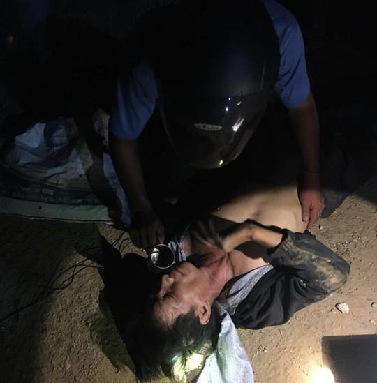 Quảng Nam: Người dân vây bắt kẻ trộm chó trong đêm - Ảnh 4.