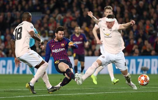 Messi tỏa sáng, Man United trắng tay Champions League - Ảnh 4.