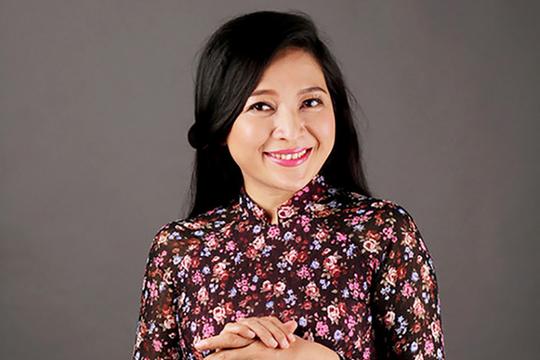 MC Quỳnh Hương: Sau 'Thay lời muốn nói' là 'Khi cần chia sẻ' - Ảnh 1.