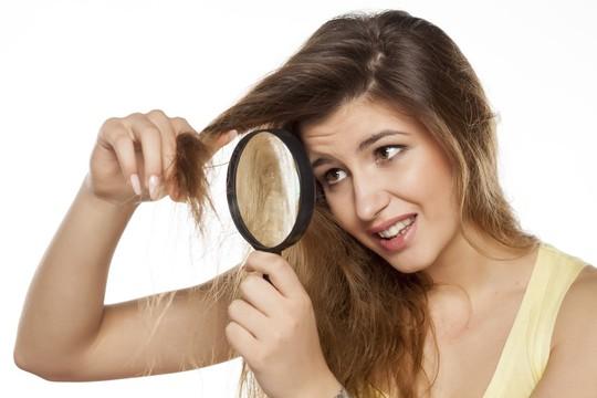 10 lời khuyên hàng đầu để bảo vệ mái tóc khi đi du lịch - Ảnh 2.