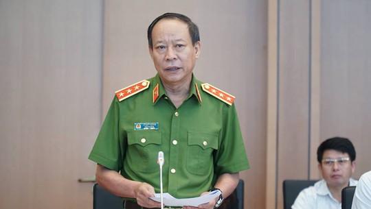 Thu truong Bo Cong an giai trinh ve vu Nguyen Huu Linh sam so chau be