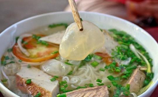 Khám phá bún sứa đặc sản Nha Trang khiến chị em mê mẩn - Ảnh 1.