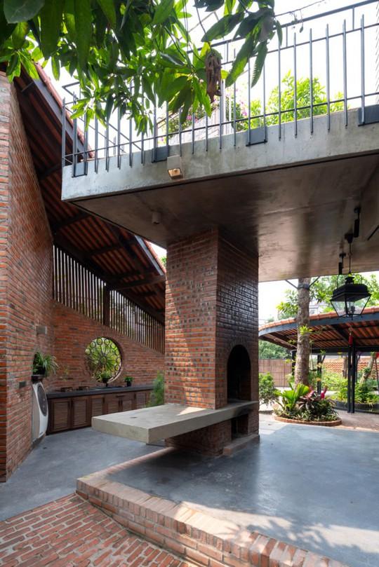 Ngôi nhà như ruộng mấp mô đạt giải vàng kiến trúc Việt Nam - Ảnh 4.