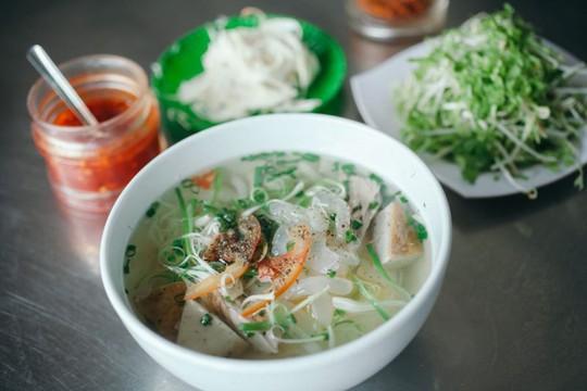 Khám phá bún sứa đặc sản Nha Trang khiến chị em mê mẩn - Ảnh 6.