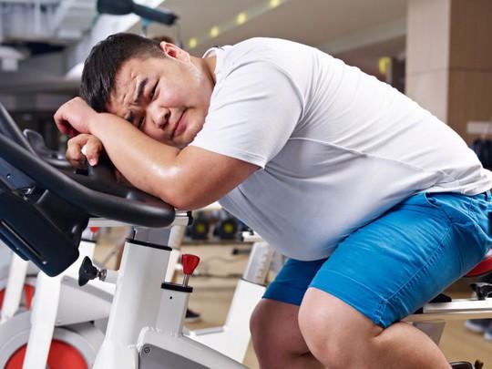 Nghịch lý càng tập thể thao giảm cân càng... mập - Ảnh 1.