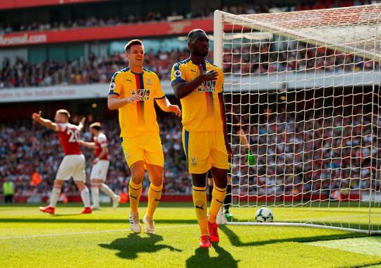 Liverpool đòi lại ngôi đầu bảng, Arsenal thua thảm sân nhà - Ảnh 9.