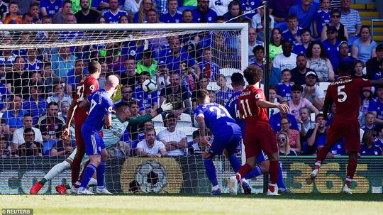 Liverpool đòi lại ngôi đầu bảng, Arsenal thua thảm sân nhà - Ảnh 4.