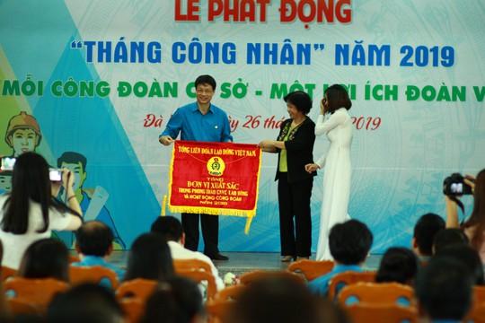 Đà Nẵng trao 30 mái ấm công đoàn trị giá hơn 700 triệu đồng - Ảnh 1.