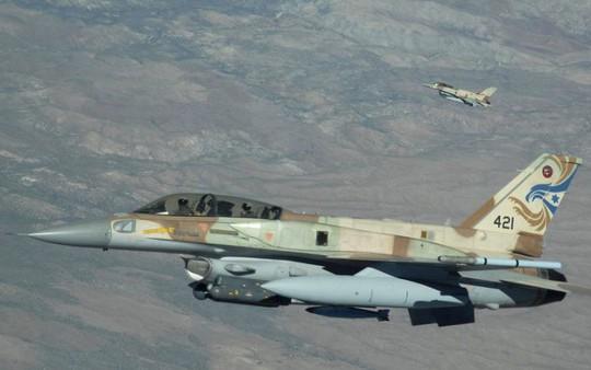 Phòng không Syria báo động cao, chiến đấu cơ Israel đột kích trong đêm? - Ảnh 2.