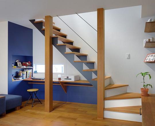 Tận dụng không gian tuyệt vời dưới chân cầu thang - Ảnh 10.