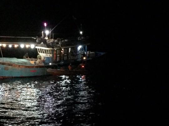 7 ngư dân Đà Nẵng gặp nạn trên tàu cá cạn kiệt lương thực - Ảnh 1.