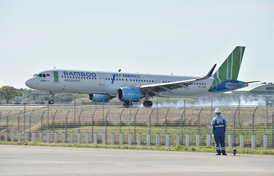 Bamboo Airways đưa những vị khách đầu tiên đến Nhật Bản - Ảnh 2.