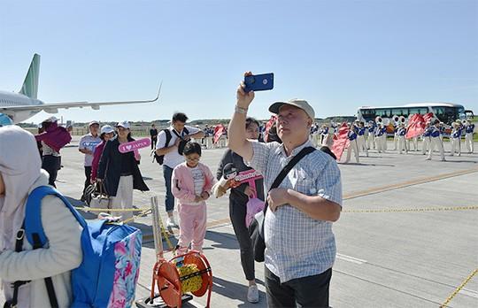 Bamboo Airways đưa những vị khách đầu tiên đến Nhật Bản - Ảnh 4.