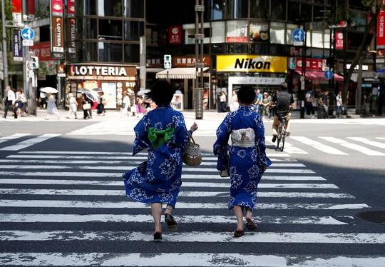 Tiền xoa dịu đau thương khi ly hôn ở Nhật - Ảnh 1.