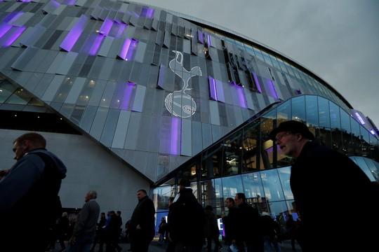 Cận cảnh sân mới trị giá hơn 1 tỉ bảng Anh của Tottenham - Ảnh 12.