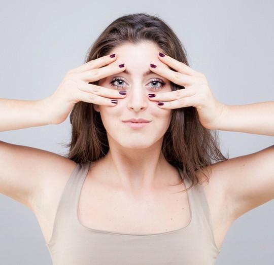 Bài tập yoga giảm béo mặt, xóa mờ nếp nhăn thần kì - Ảnh 4.