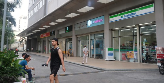 Hoi Bao ve quyen tre em TP HCM de nghi khoi to vu sam so be gai trong thang may