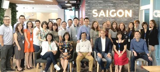 Manulife Việt Nam gắn kết nhân viên trong thời đại công nghệ số - Ảnh 2.
