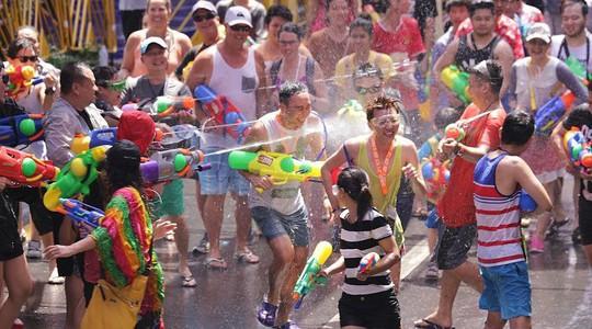 5 điểm đến lý tưởng trong lễ hội té nước ở Thái Lan - Ảnh 1.