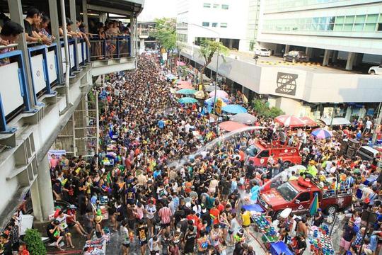 5 điểm đến lý tưởng trong lễ hội té nước ở Thái Lan - Ảnh 3.