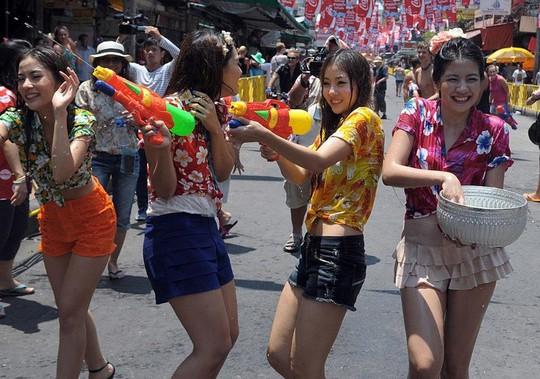 5 điểm đến lý tưởng trong lễ hội té nước ở Thái Lan - Ảnh 5.