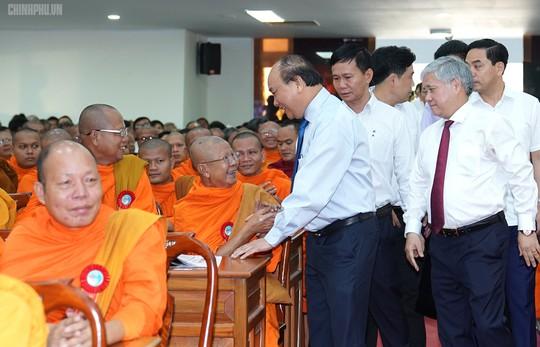Thủ tướng kêu gọi đồng bào Khmer tích cực xây dựng nông thôn mới - Ảnh 3.