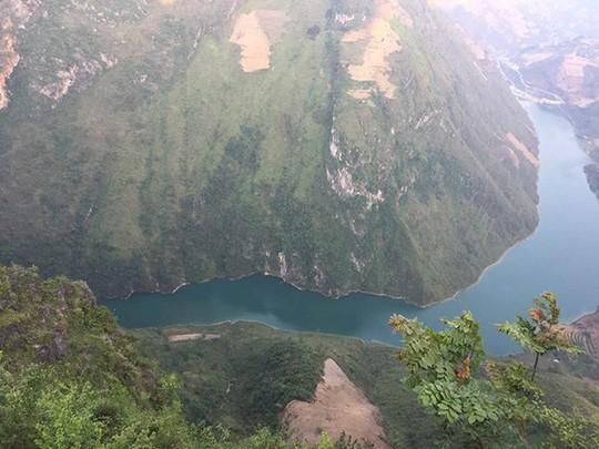 Đã mắt với tứ đại đỉnh đèo đẹp chất ngất ở Việt Nam - Ảnh 1.