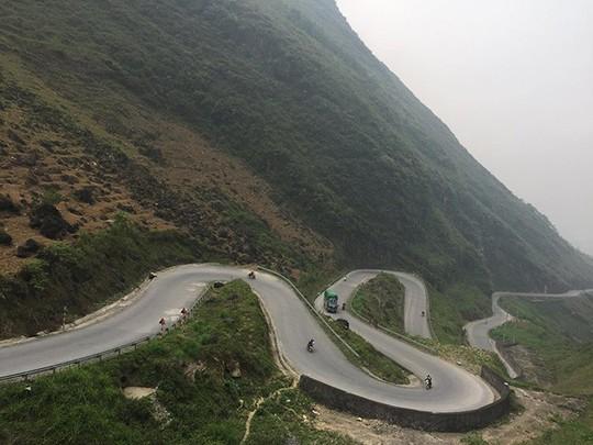 Đã mắt với tứ đại đỉnh đèo đẹp chất ngất ở Việt Nam - Ảnh 12.
