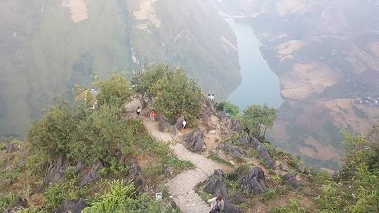 Đã mắt với tứ đại đỉnh đèo đẹp chất ngất ở Việt Nam - Ảnh 4.