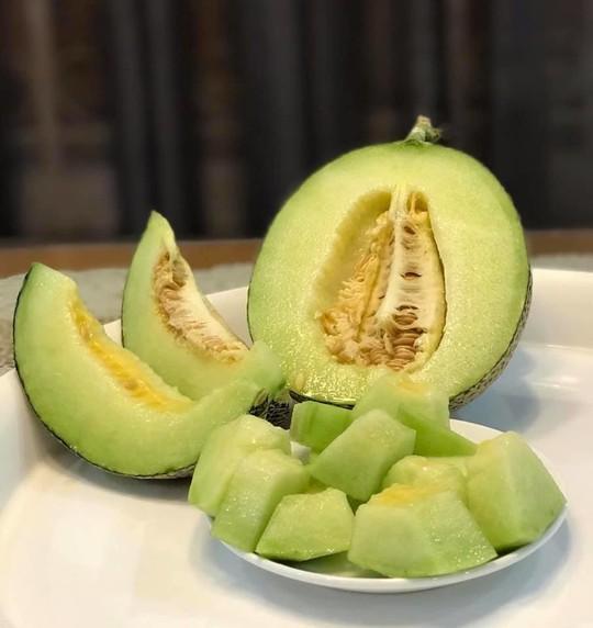 Gia đình ở TP HCM bị nhầm là trồng rau đột biến vì quá tốt - Ảnh 7.