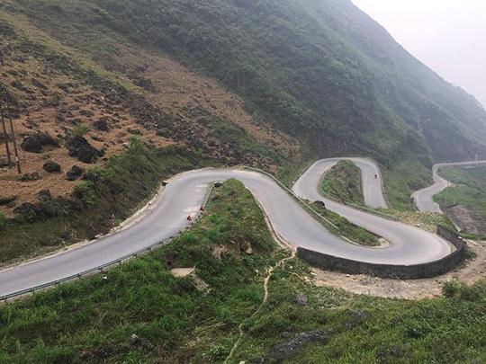 Đã mắt với tứ đại đỉnh đèo đẹp chất ngất ở Việt Nam - Ảnh 10.