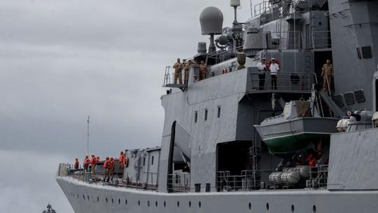 Khu trục hạm Nga xuất hiện giữa lúc Mỹ và Philippines tập trận - Ảnh 2.