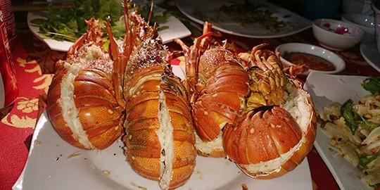 Các món đặc sản ở đảo Bình Ba không thể không nếm thử - Ảnh 2.