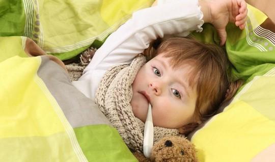Những bệnh trẻ rất dễ mắc phải khi trời nắng nóng - Ảnh 6.