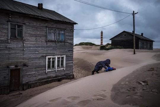 Ngôi làng ở Nga biến mất mỗi khi có gió to - Ảnh 7.