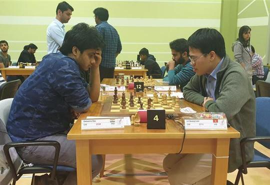 Thi đấu sa sút, Lê Quang Liêm mất danh hiệu siêu đại kiện tướng - Ảnh 2.