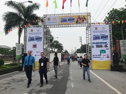 Tổng LĐLĐ Việt Nam tổ chức Phiên chợ Công nhân 2019 tại tỉnh Hà Nam - Ảnh 1.